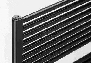 Vasco IRIS HDM recht handdoekradiator 1338 x 500 (726 watt)  kleur Ral 9005 ZWART