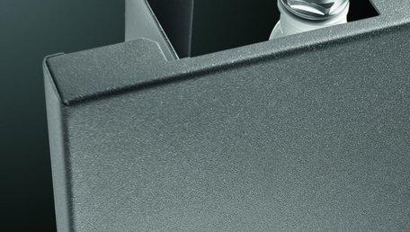 Vasco Niva Lak Enkel N1L1 designradiator 2020 x 420 x 80 mm kleur Metaal Zwart M300 - 1023 watt